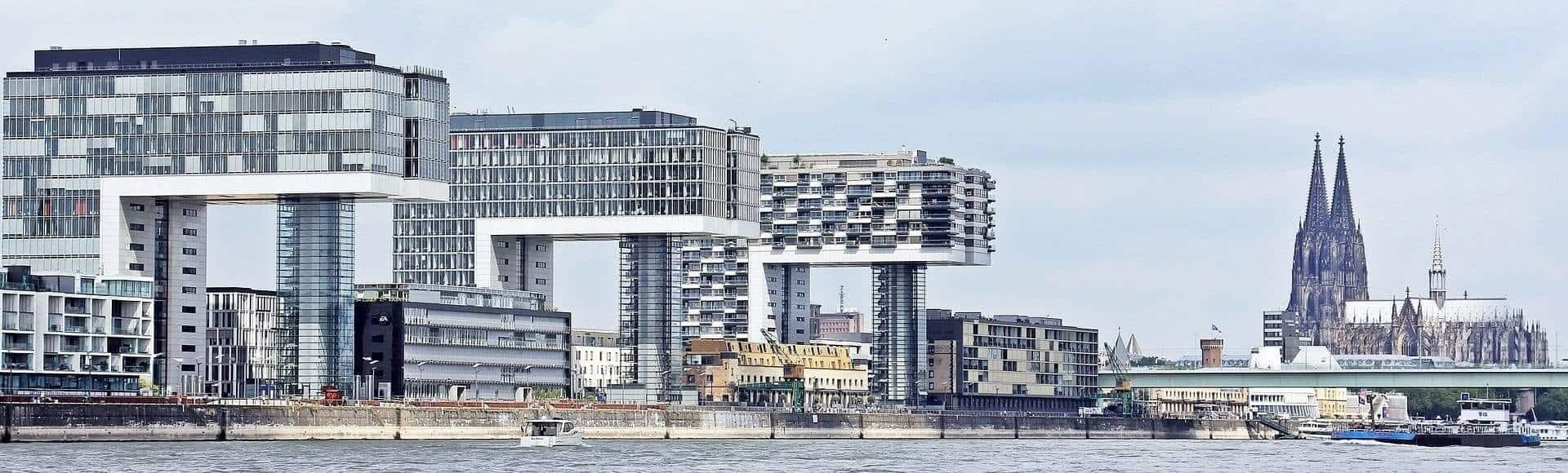 Köln Finanzberatung Versicherungsmakler FragFina
