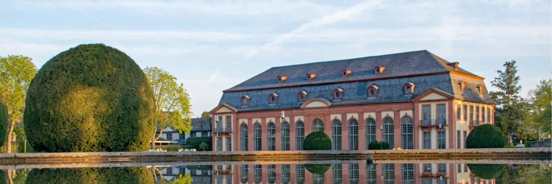 FragFina Darmstadt unabhängige Finanzberatung Versicherungsmakler Finanzberater